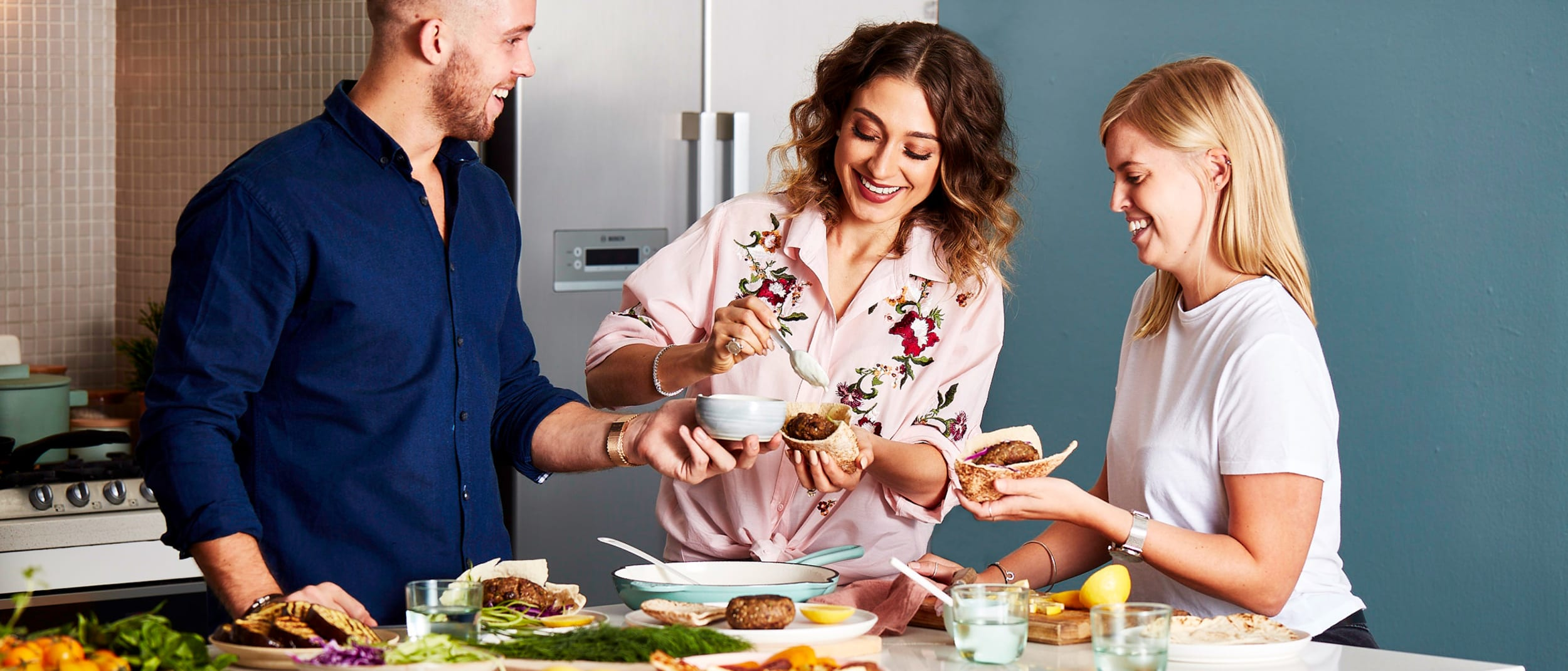 Host a trend-setting dinner party: tips from Sara Oteri