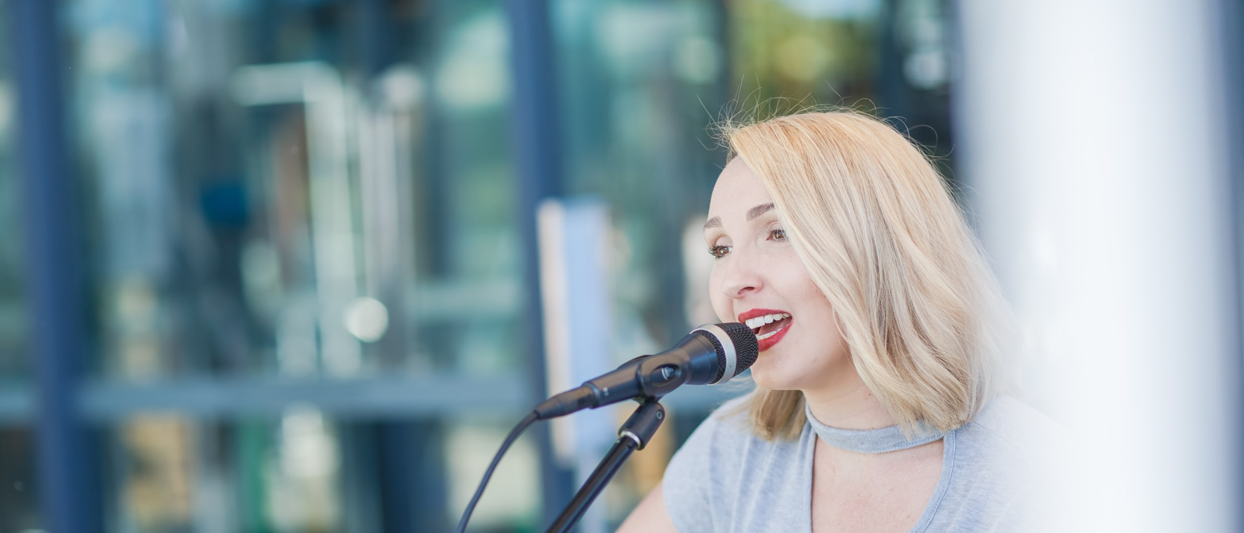 Weekly live music in the dining precinct