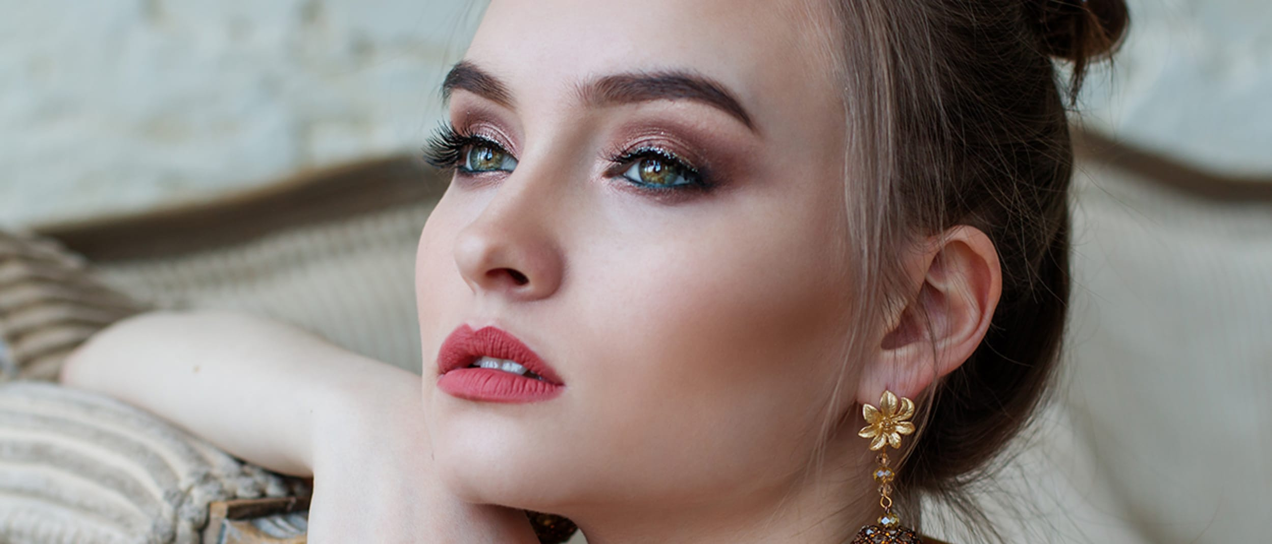 Complimentary makeup touch-ups
