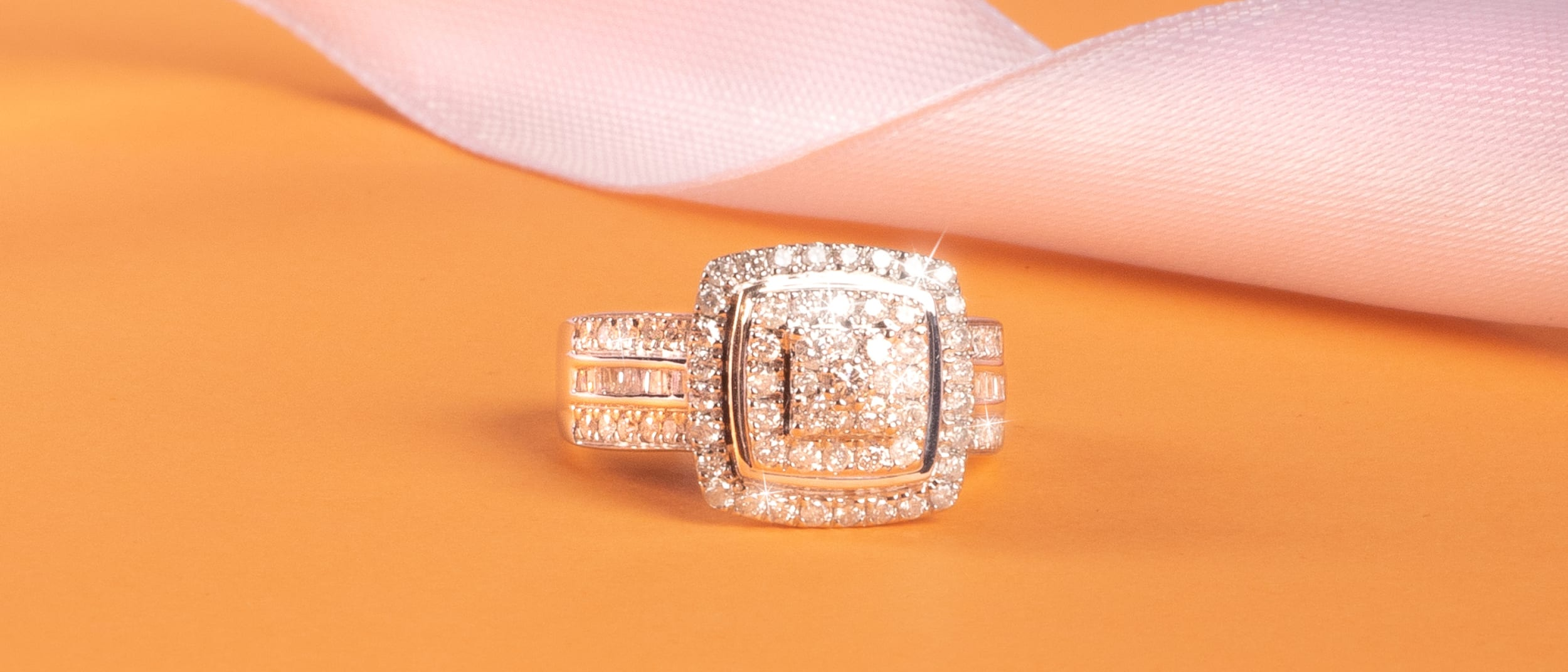Bevilles Jewellers Clearance Sale