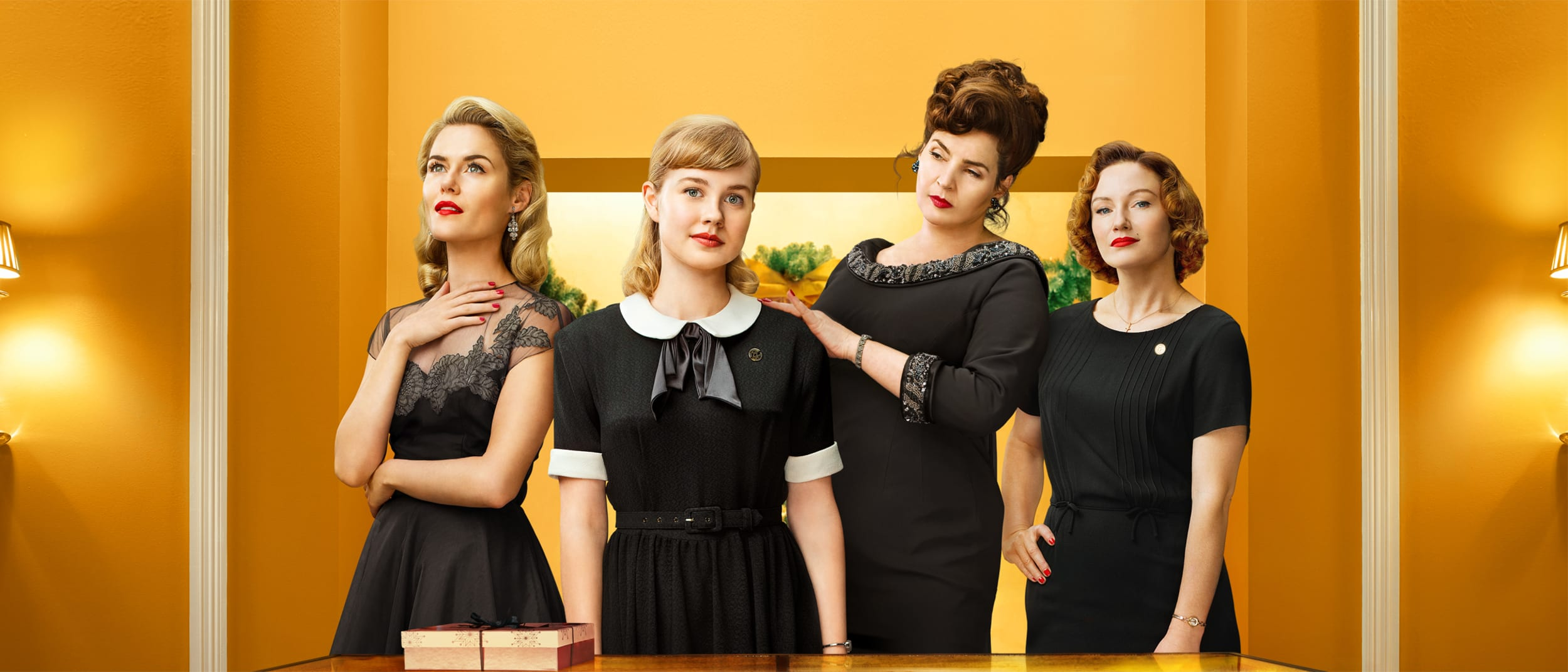 Ladies in Black: get the vintage look this spring