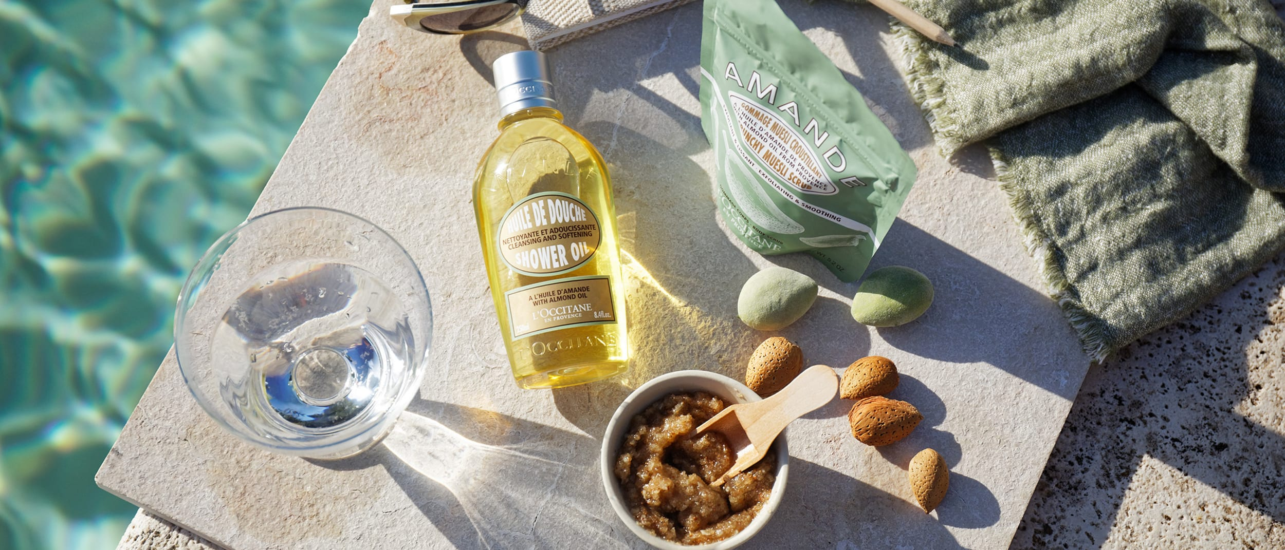 L'OCCITANE: New Almond Muesli Scrub