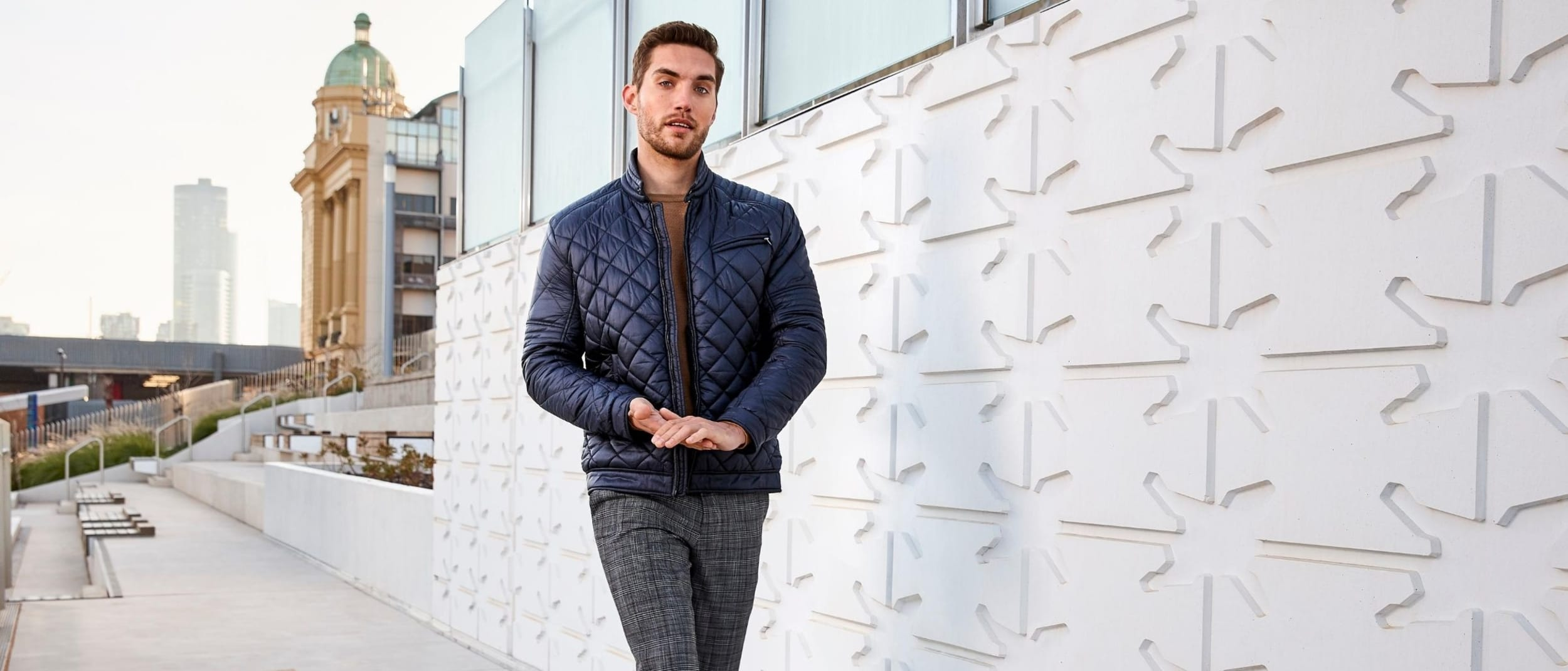 Politix: $100 off when you buy a top, bottom and jacket combo