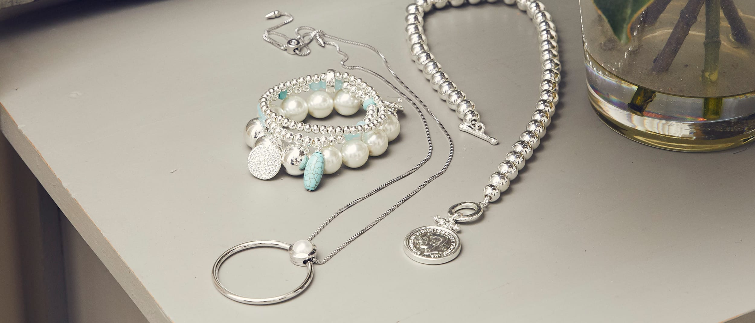 Blue Illusion: take 30% off jewellery. Limited time only.