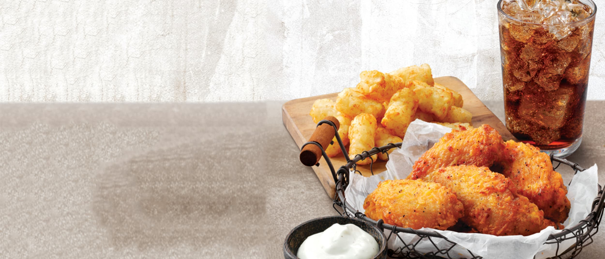 Pizza Hut: wings combo $6.95