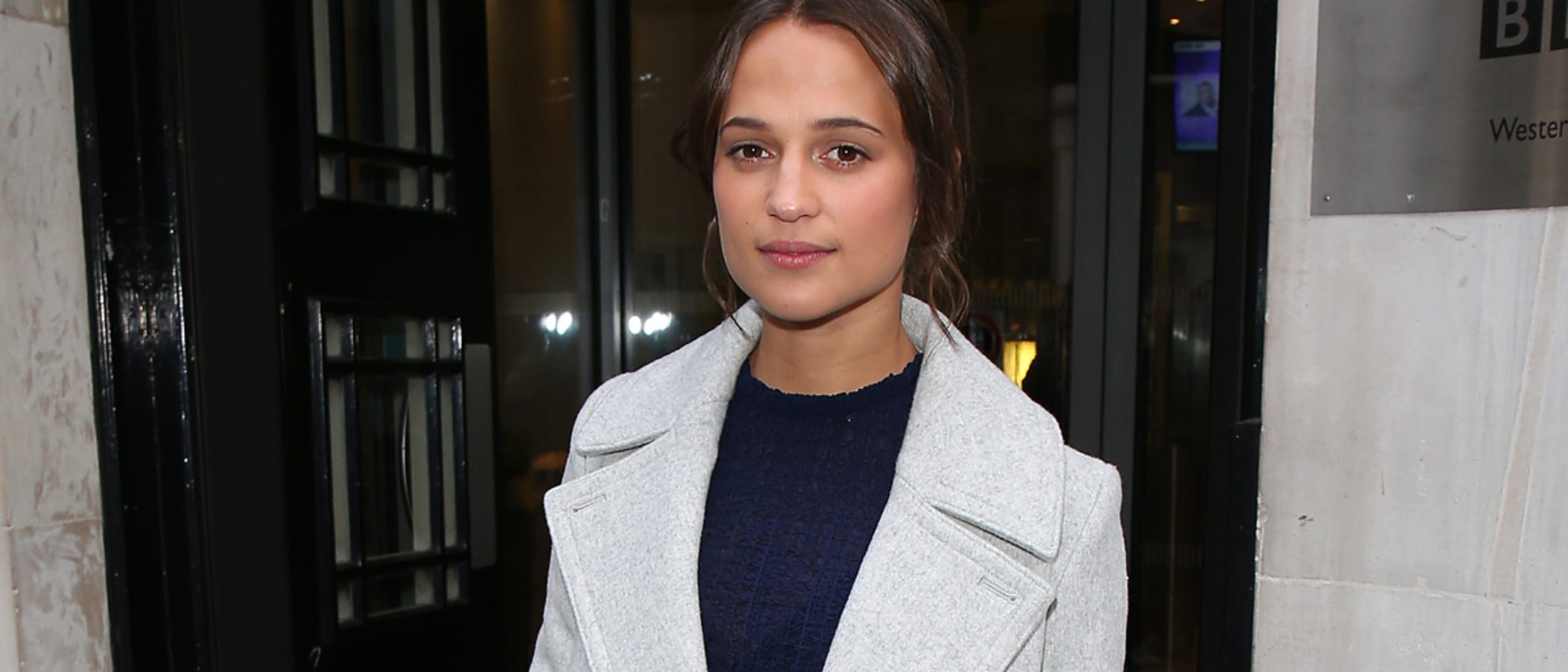 Get the look: Alicia Vikander