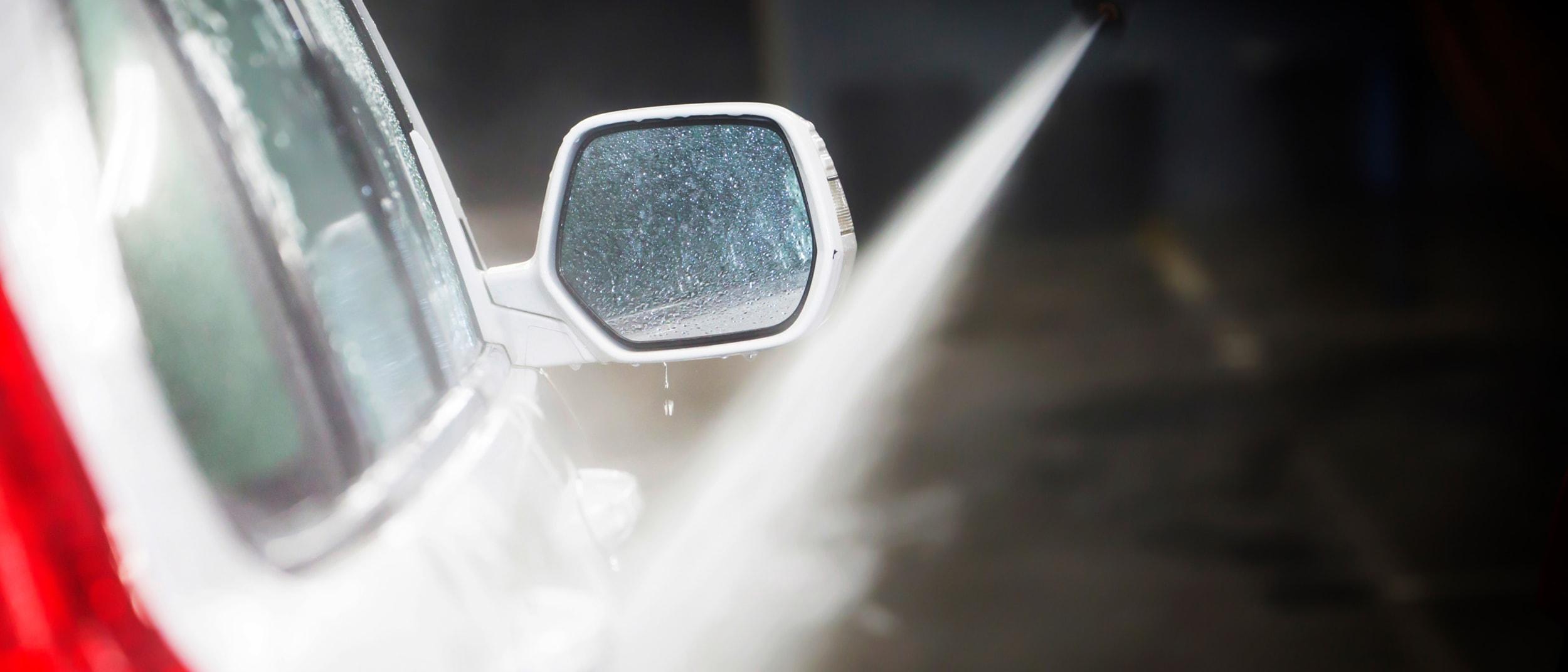 Star Car Wash: $10 off a platinum wash