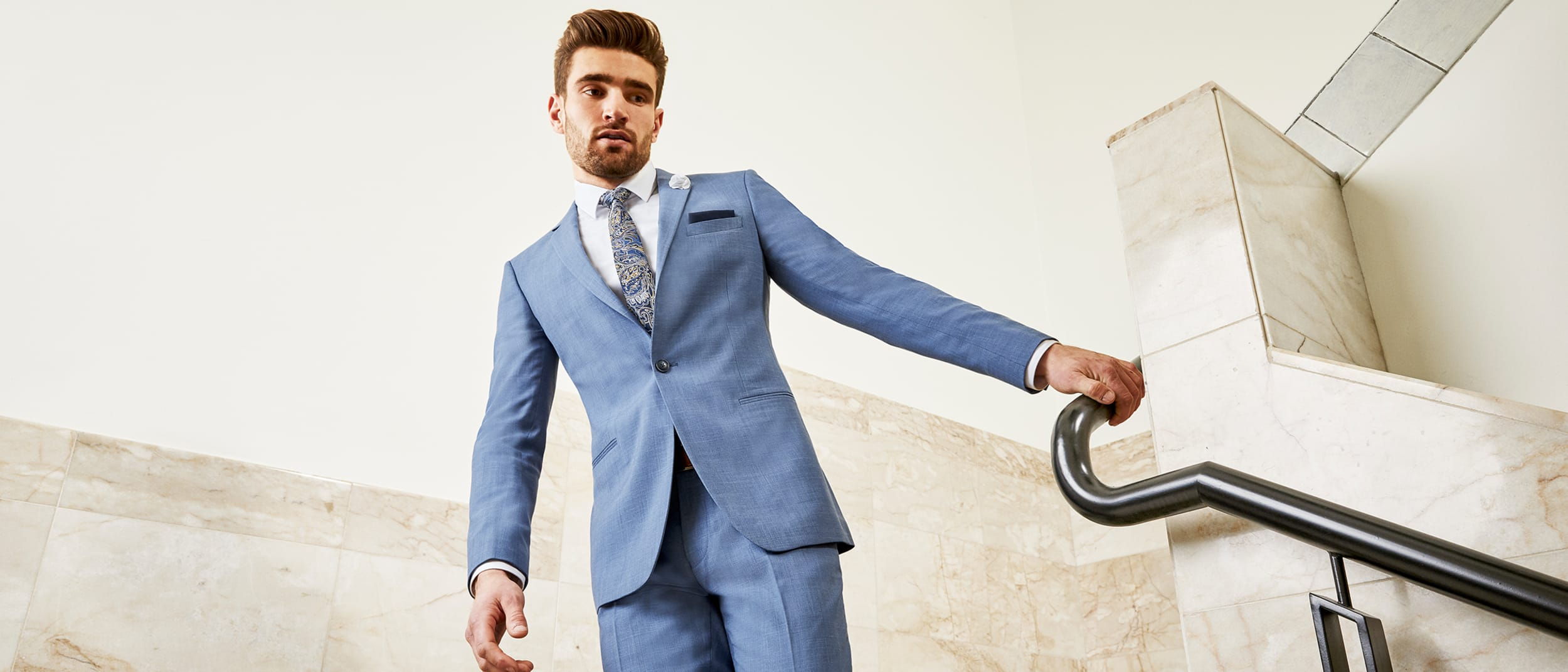 Tarocash: Big savings on suits & blazers this season