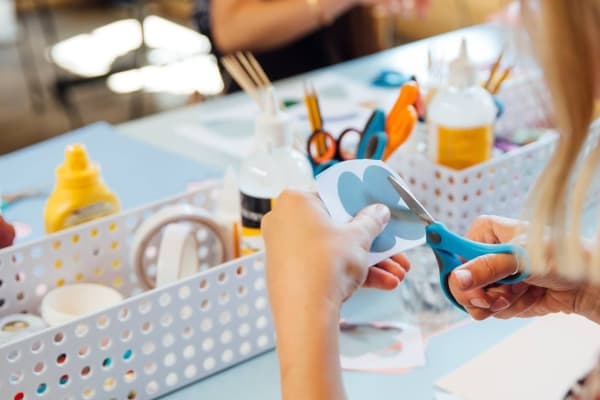 T2 x Beci Orpin Christmas Craft Workshop