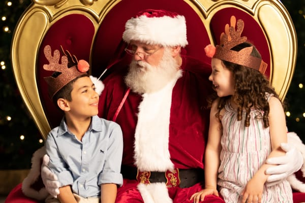 Pre-book your Santa photography at Westfield Tuggerah