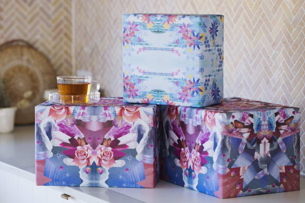 T2: Mother's Day gift wrapping