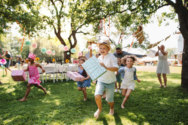 Your ultimate guide to throwing an epic kids' birthday party