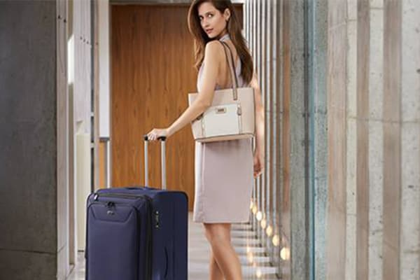 Strandbags: 50% off luggage