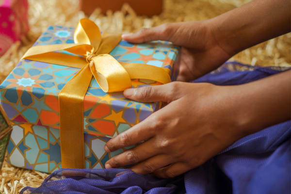 Complimentary Eid gift wrapping