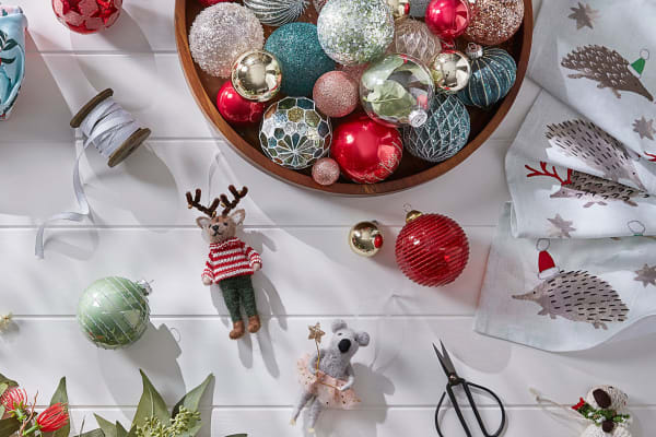 Bed Bath N' Table: Christmas now 30% off
