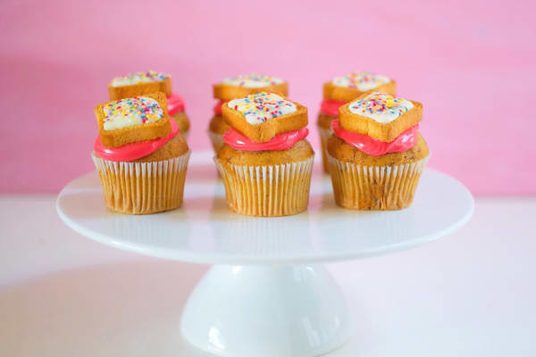 How to make fairy bread cupcake toppers