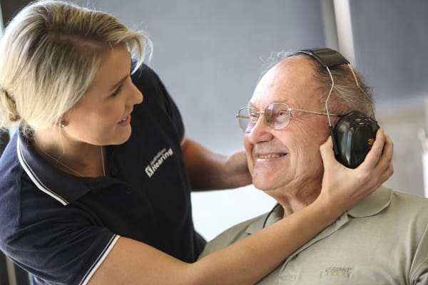 The Australian Hearing Bus - Free Adult Screenings