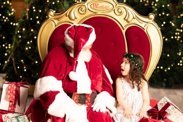 5 tips for dressing kids for Santa photos