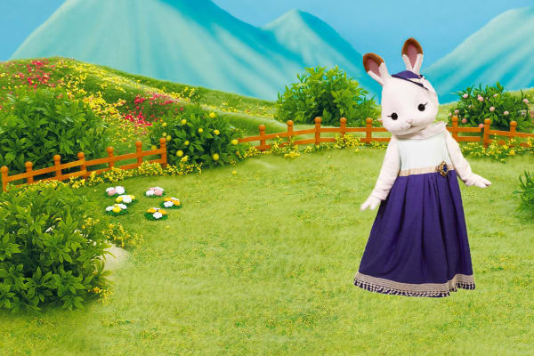 Meet Stella From The Sylvanian Families!