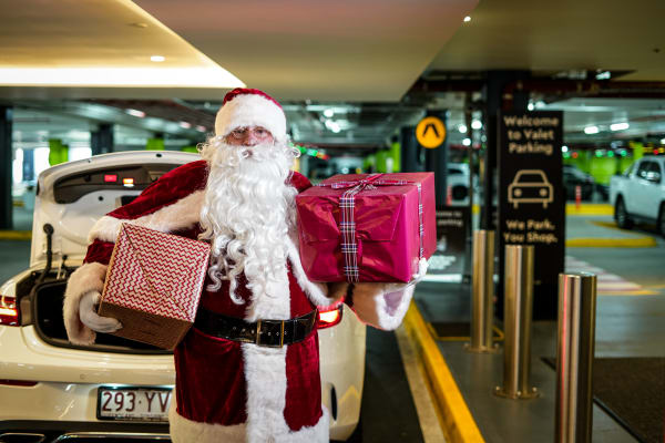 A note from Santa: Tips for shopping with ease this Christmas
