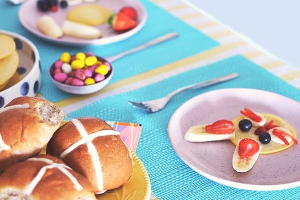 Bunny pancakes for your Easter obsessed kids
