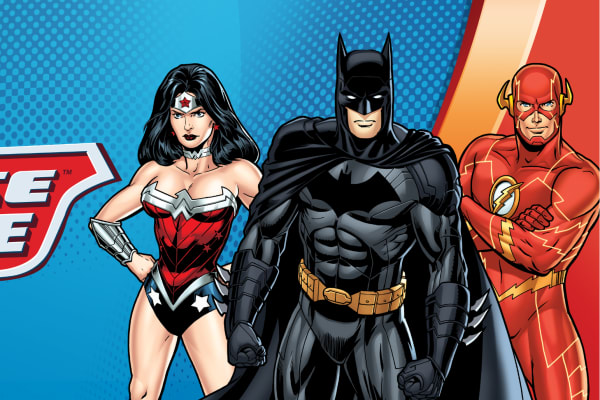 Meet your favourite Justice League heroes Batman & Superman!
