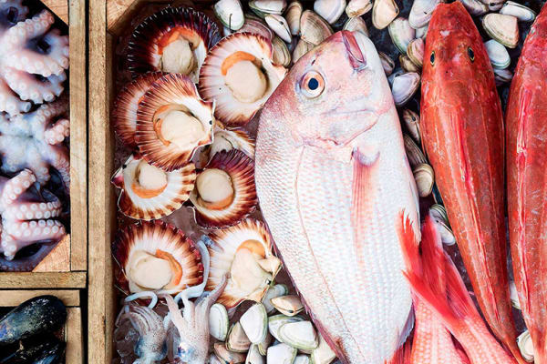 Fishmonger: Get your Seafood orders in now!