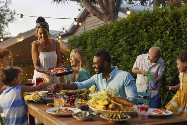 3 ways to spice up your outdoor entertainment