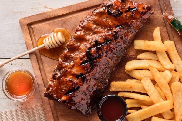 T.G.I Fridays: new smokey chipotle honey ribs