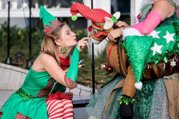 Christmas stage shows with Pyjama Drama