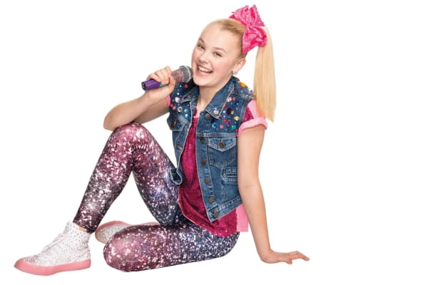 JoJo Siwa: live performance