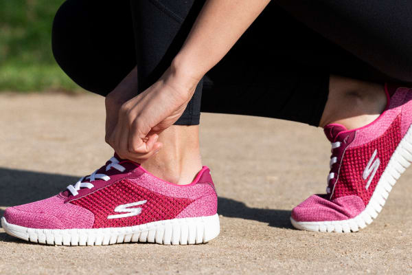 Skechers: GOwalk Smart is here
