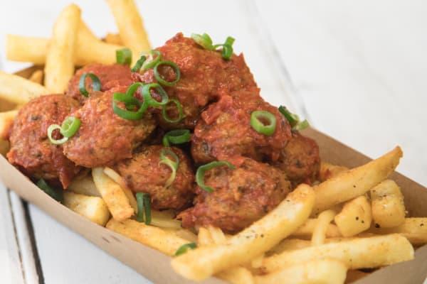 Skewerz Kebab meatball box