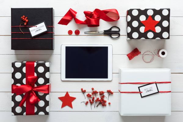 Christmas gift wrapping by Bear Cottage