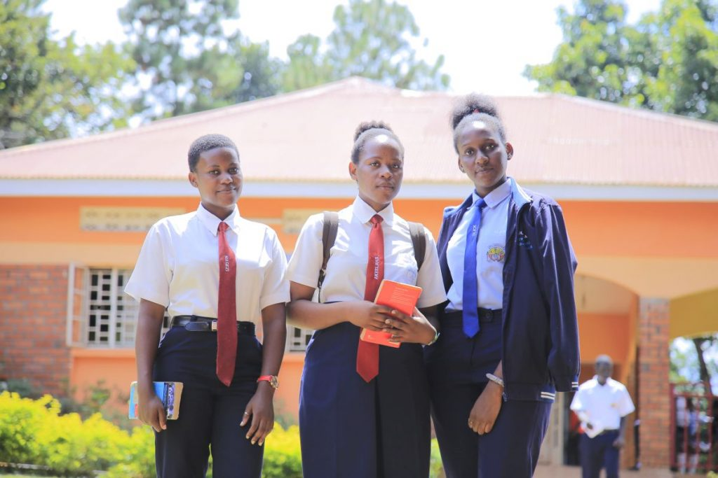 100% pass rate for German at UCE 2020