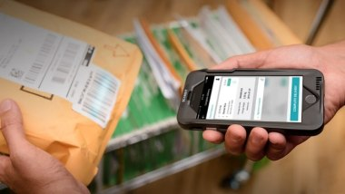 Create Transparency in Shipping and Receiving, Proof of Delivery with Mobile Barcode Scanning
