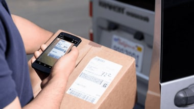 4 Ways Mobile Data Capture Supports Transport and Logistics