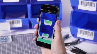 Why Barcode Scanning Gives B2B Customers the User Experience They Need