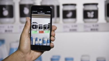 AR and Smartphones: the Secret to Fast and Accurate In-Store Pricing