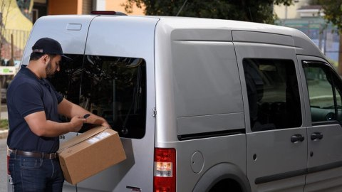 5 Reasons to Eliminate Paper and Mobilize Proof of Delivery