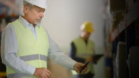 Mobile Order Picking Fulfills Omnichannel Customer Demand