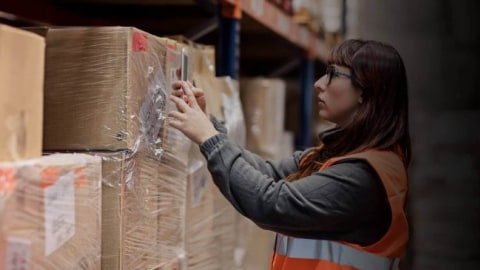 Enable Seamless Retail Logistics with Mobile Data Capture