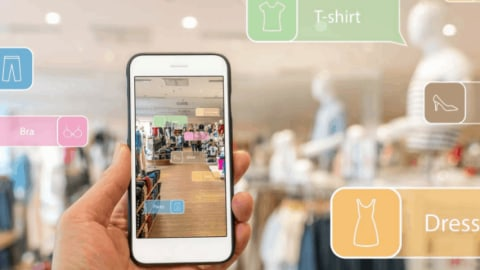 Augmented Reality in Retail: Merging the Physical & Digital Worlds
