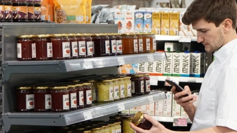 To BYOD or Not to BYOD: Choose the right device strategy for your retail operations