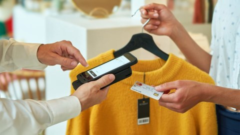 Why it's Time to Reshape Fashion Retail with Smartphone Scanning