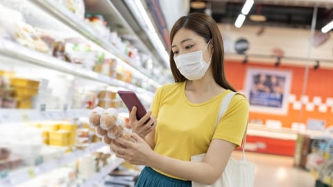Smartphones - the Best Route to Contactless Shopping with Scan and Go