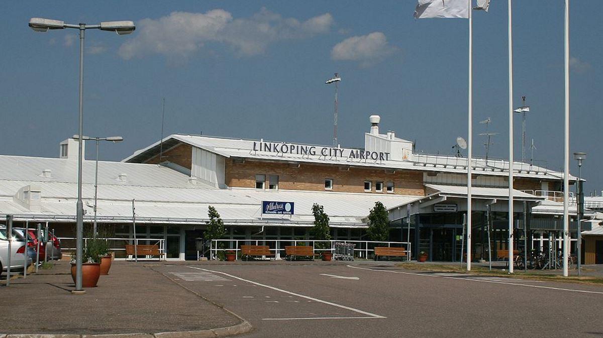 Resultado de imagen para linkOping Airport tower control