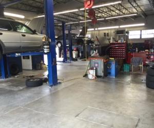 Hyatt's Auto Repair