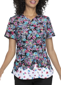 ELLE Decorative Daisies V-Neck Print Scrub Top