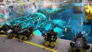 Equipos de buceo en el Centro Espacial Johnson